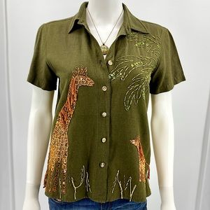 LEMON GRASS-Size M-Olive Top Embroidered Giraffes